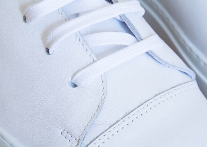 white sneakers Shoelaces